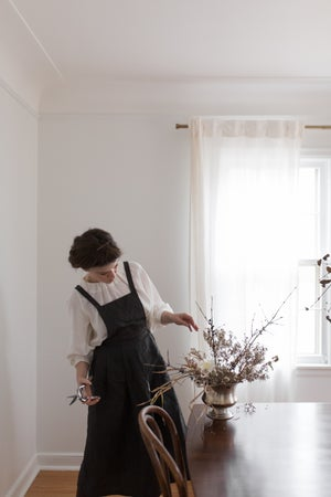 Image of GIZELLA Linen Apron Dress