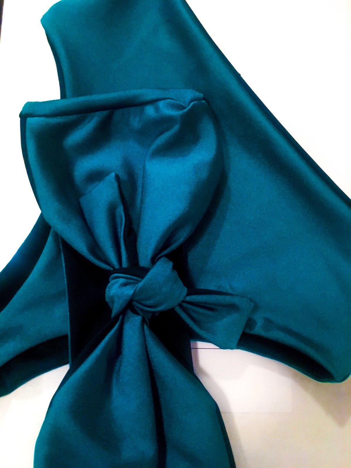 Image of KRIS TIE FRONT TOP: TEAL X BLACK