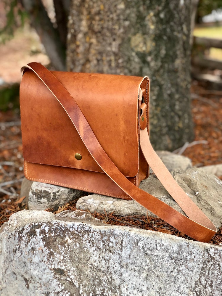 "Image of The ""Malaga"" Handbag in Horween Dublin"