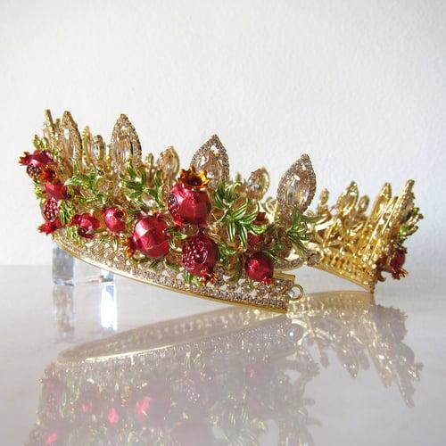 Image of Pomegranate Abundance crown