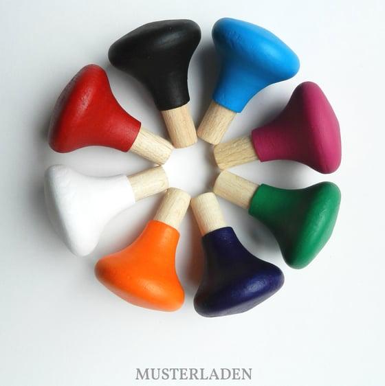 Image of Möbelknöpfe aus Buchenholz, handbemalt, Set mit 6 Stück