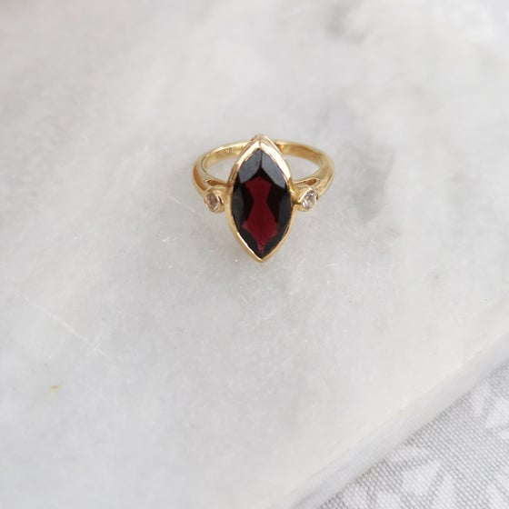 Image of THE AVALON COLLECTION - MARQUIS GUINEVERE RING