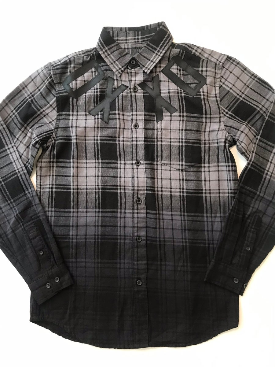 Image of DXXD button up