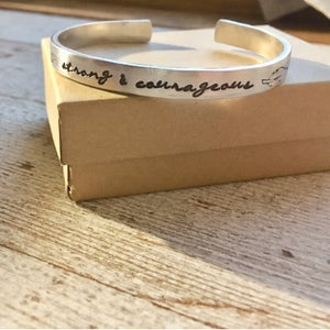 Image of Strong & Courageous Bracelet