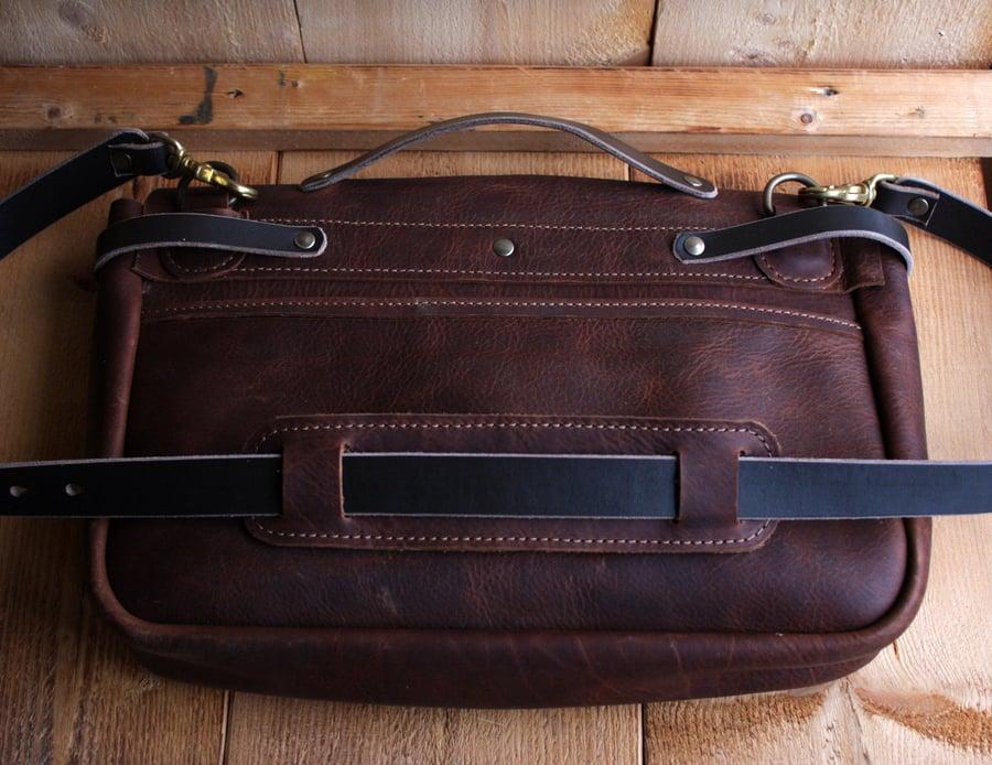 Image of POSTMAN BAG BROWN