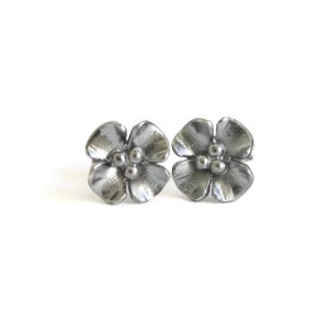 Image of Small Buttercup earstuds