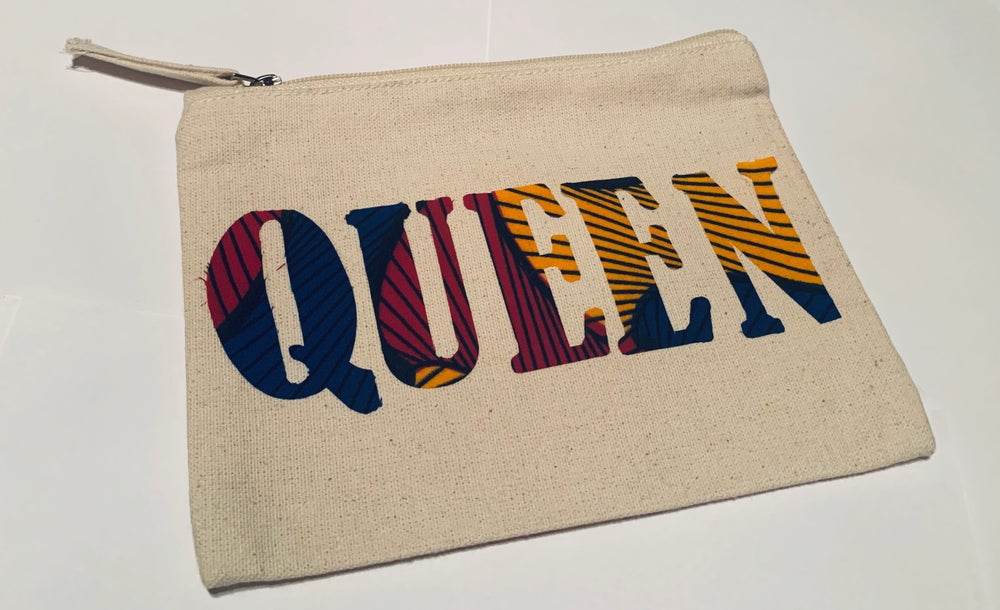 Image of Queen Wristlet