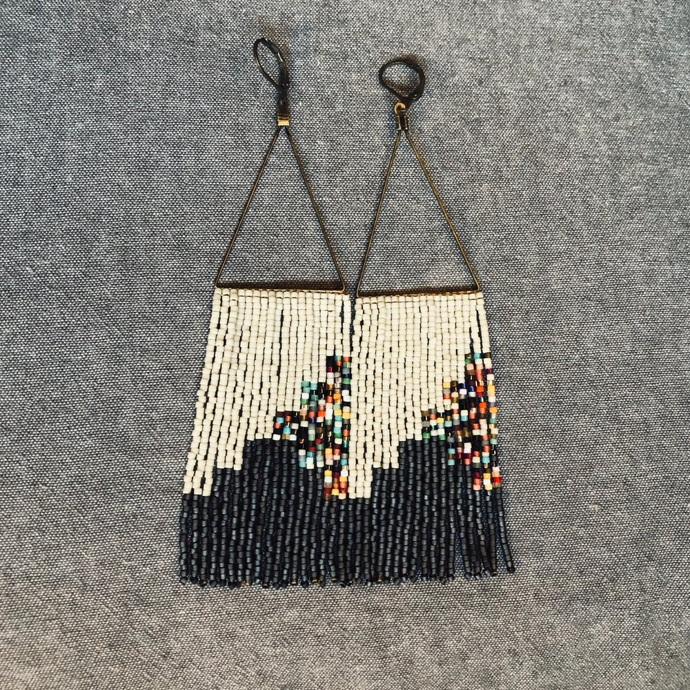 Image of NEWPORT 1922 - Dark slate, bone, and chaos fringe earrings
