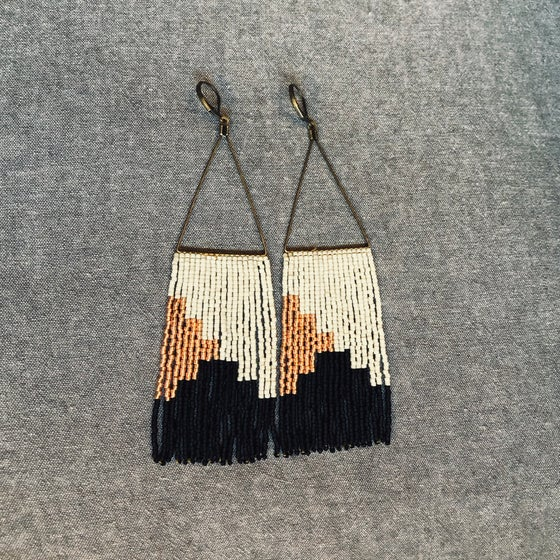 Image of NEWPORT 1922 - Bone, matte black, and copper fringe earrings