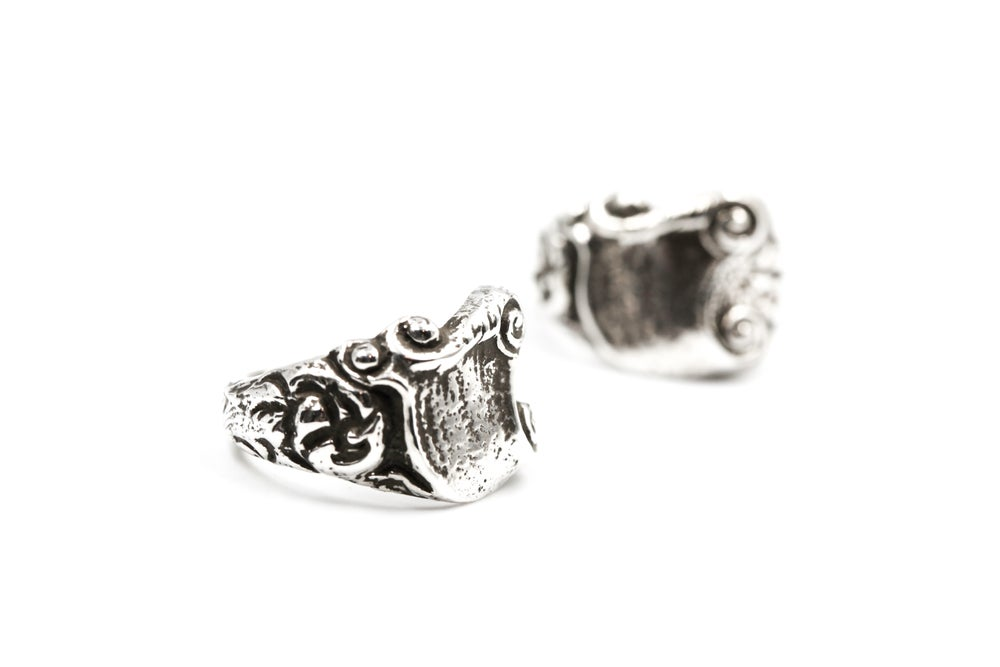 Image of Scroll Ring