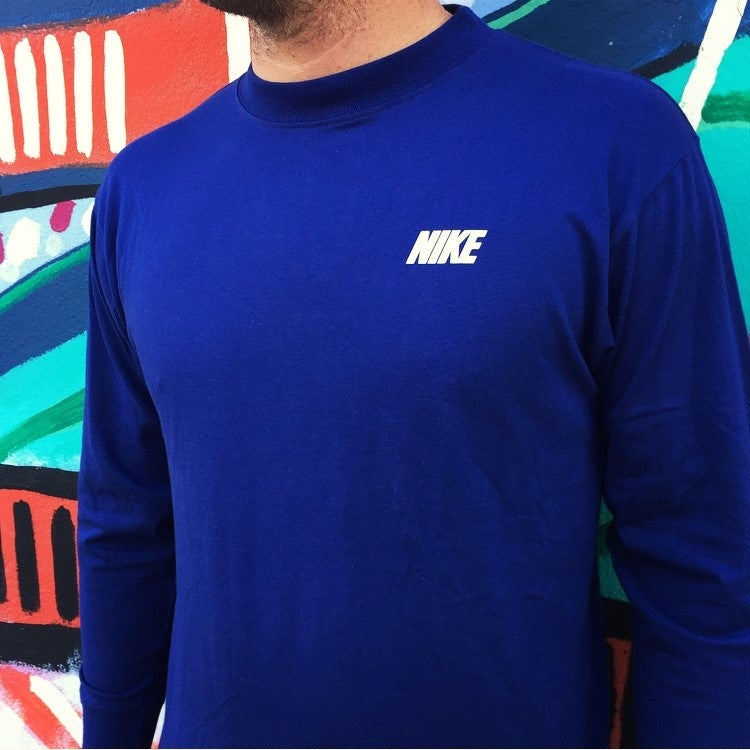 Image of Vintage 1990's Nike Air Swoosh Long Sleeve T-Shirt Sz.L (Youth)