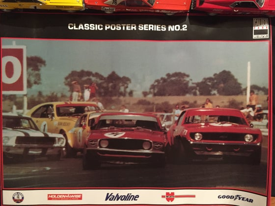 Image of Calder Raceway. March 1971 ATCC. First lap and first corner action at Repco.