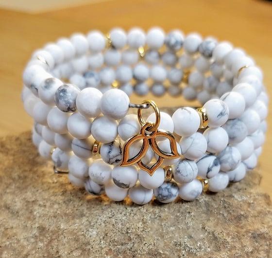 Image of Frosted White Howlite Bracelet