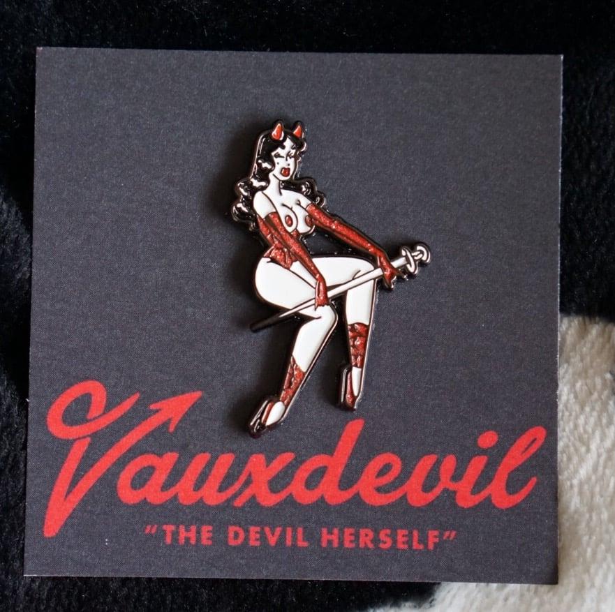 Vauxdevil Pin