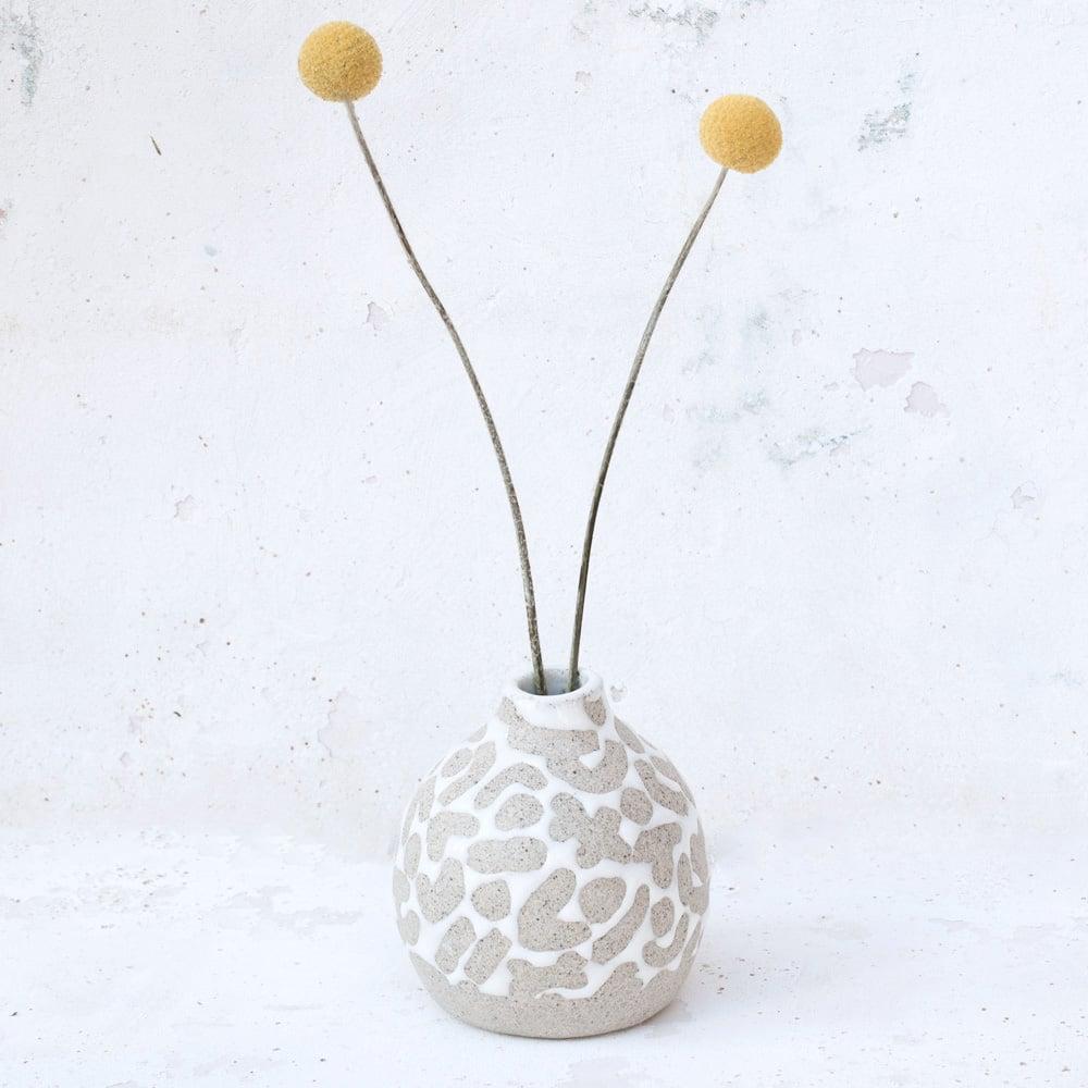 Image of round bud vase