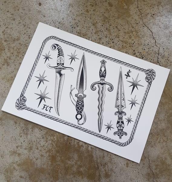 Image of Dagger flash sheet