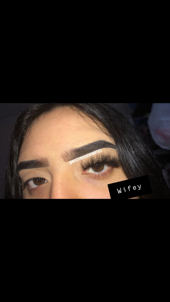 Image of Wifey lashes