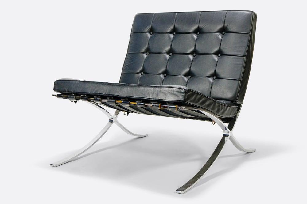 Image of Vintage Knoll Barcelona Chair Black