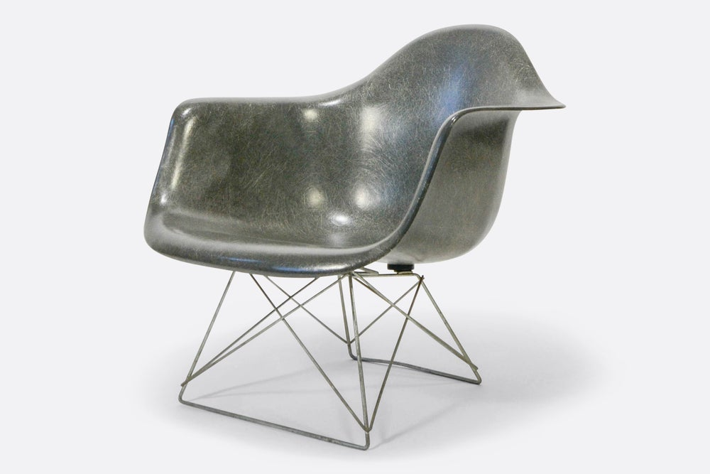 Image of Eames Fiberglass Side Chair Elephant Grey LAR Cats Cradle