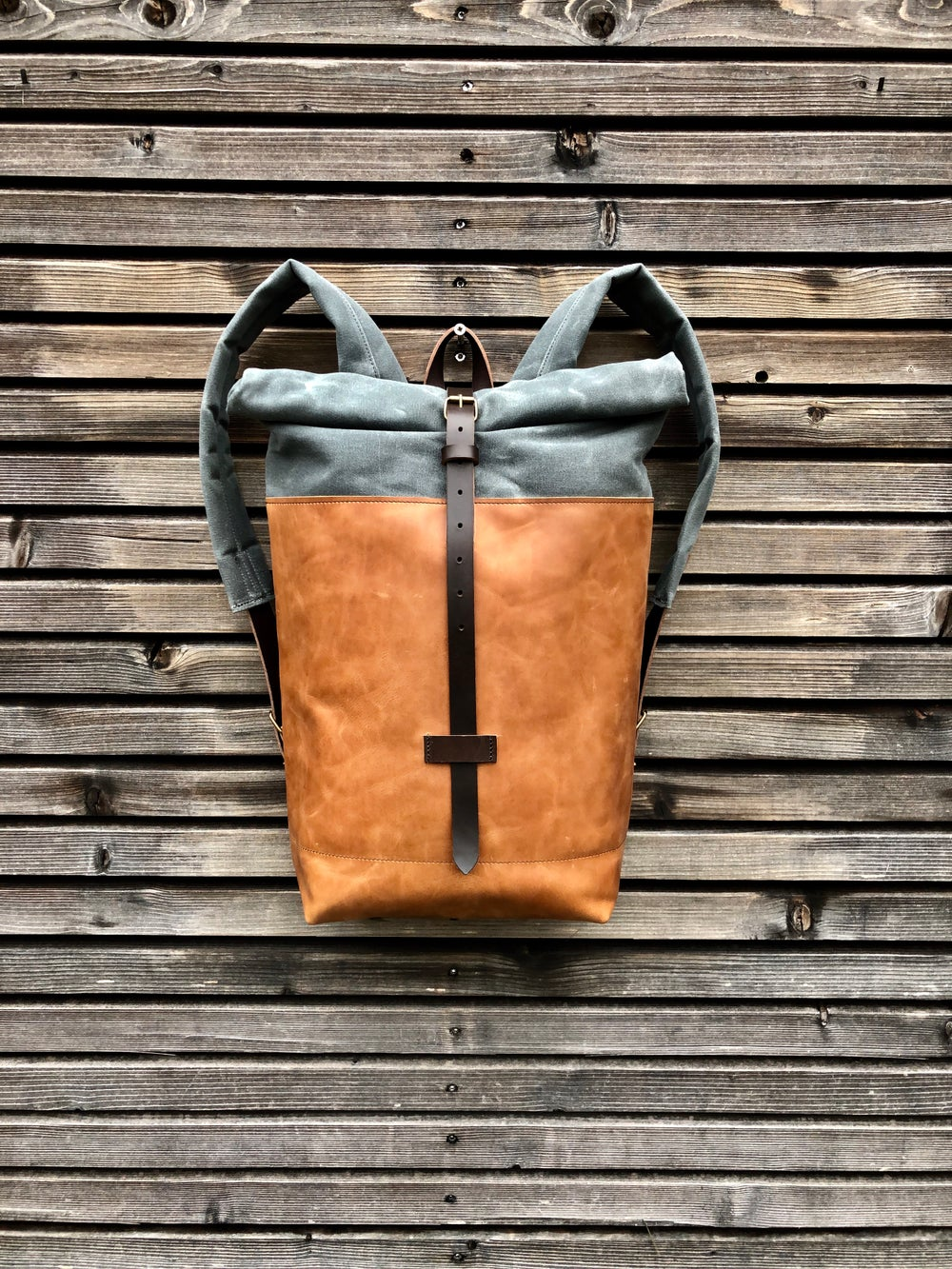 Image of Backpack medium size, with padded laptop compartment
