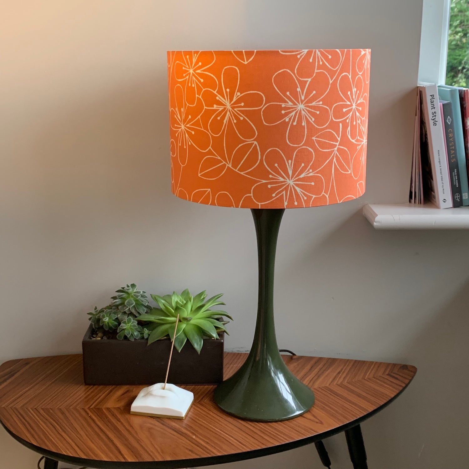 Image of Etched Flowers Melon Shade