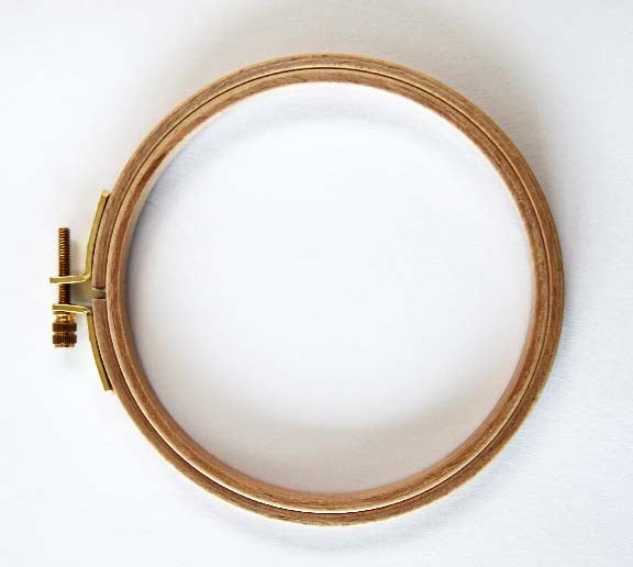 "Image of Wooden Embroidery Hoop - 5"" - Beautiful Quality from Germany"