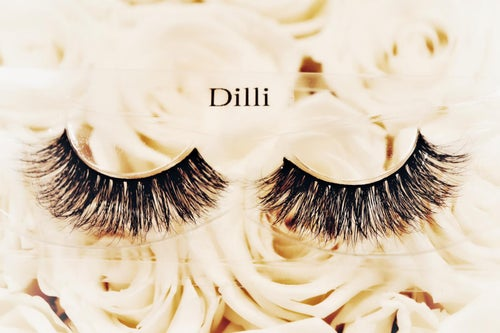 Image of DILI MINK EYE LASHES
