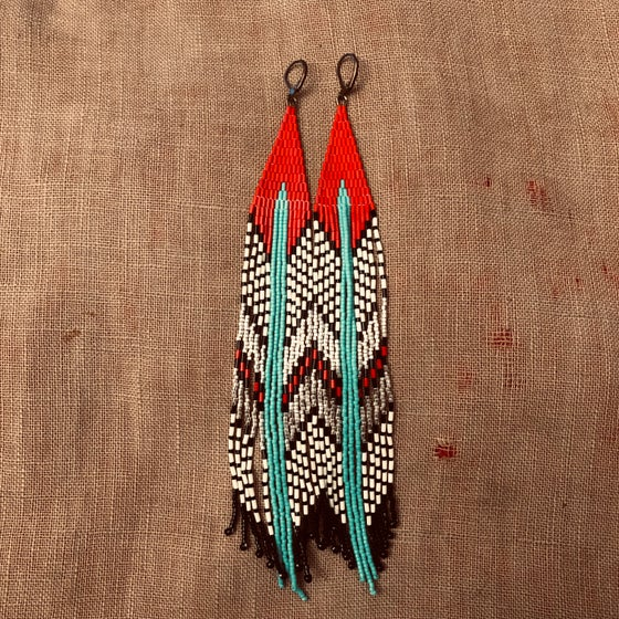 Image of Red top Hawa'a earrings