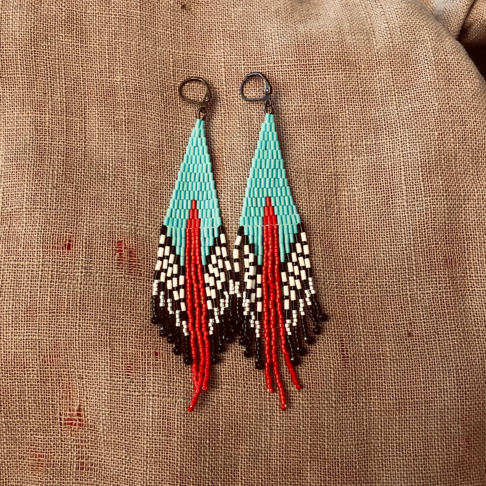 Image of CASCADIA - Short Hawa'a earrings