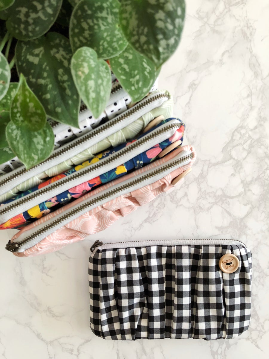 Image of Black Gingham medium zip pouch