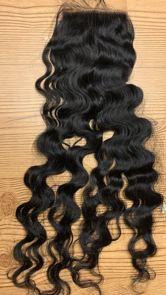 Image of Raw Indian wavy 5*5 closure