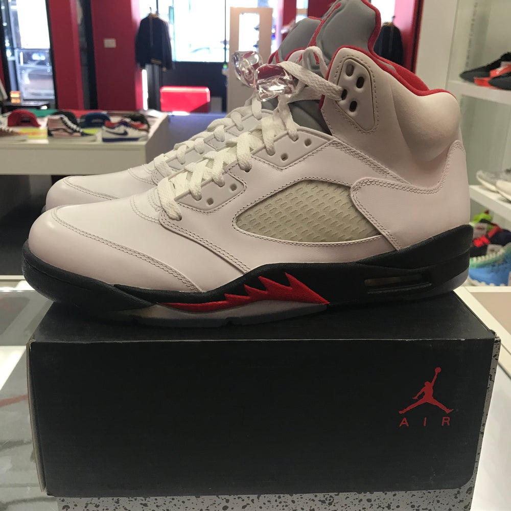 Image of Jordan 5 - Fire Red - Size 11