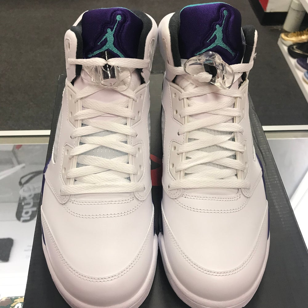 Image of Jordan 5 - Grapes - Size 11