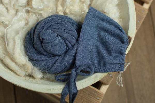 Image of Navy wrap or bonnet