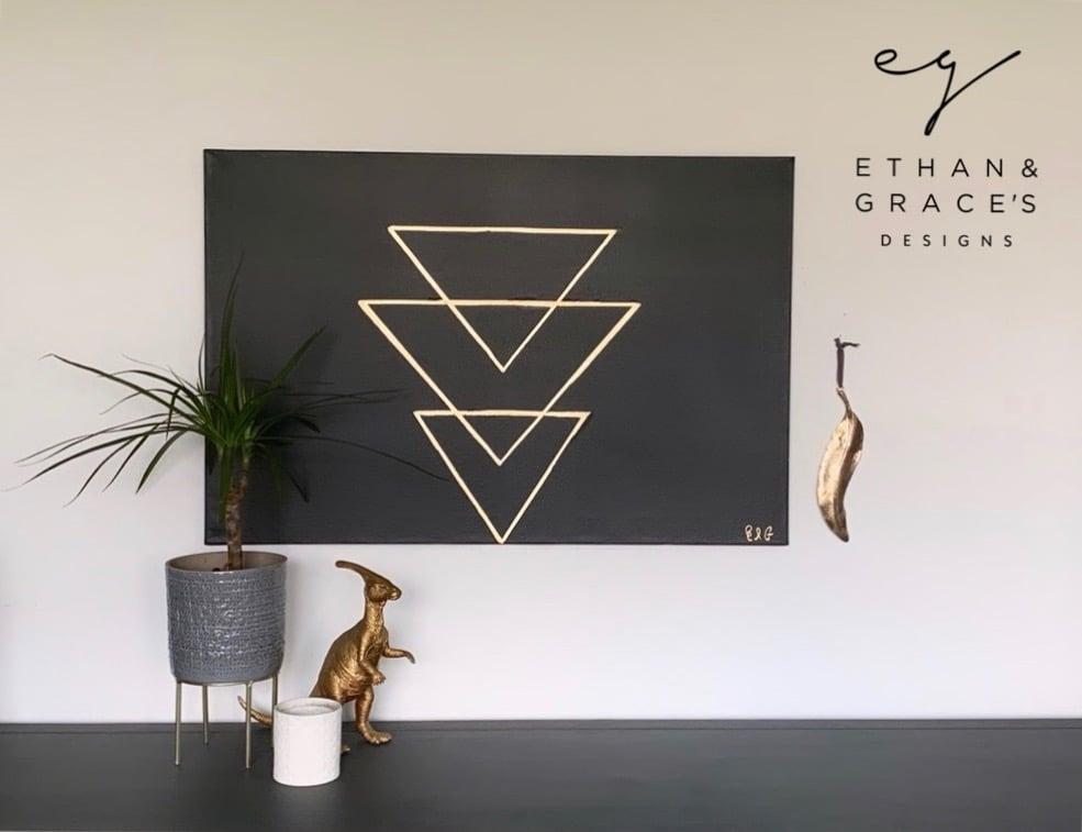 Image of Gold leaf set on a black background