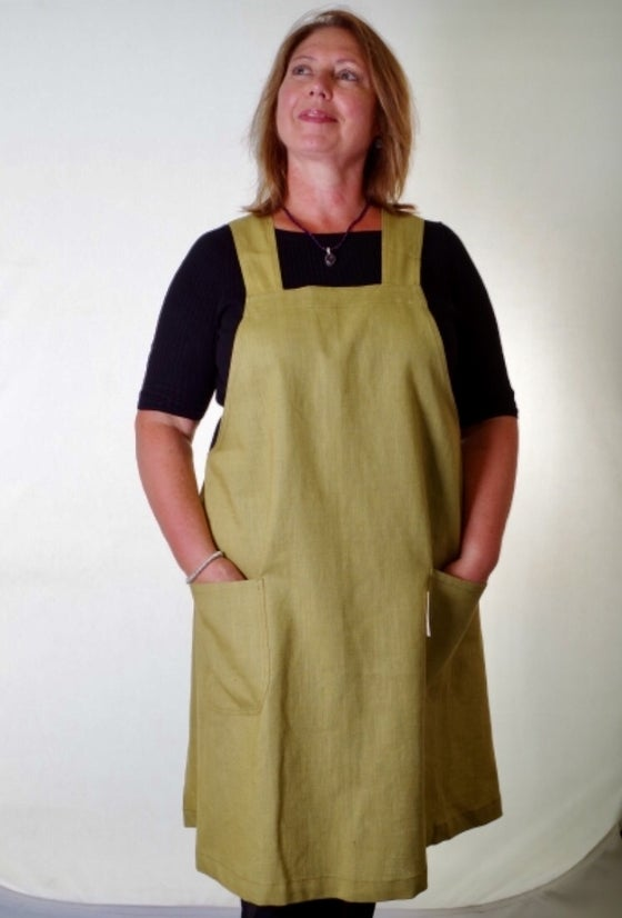 Image of Hannah cross over back apron