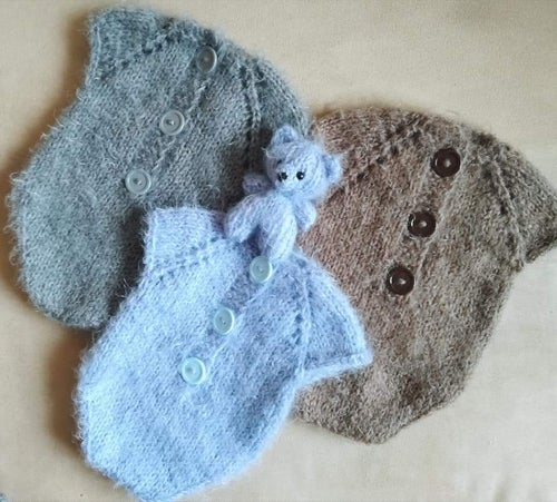 Image of  Fluffy romper. NB/sitter size. Teddy bear free!