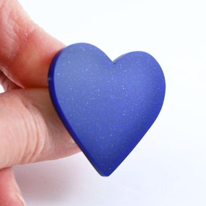 Image of Sparkly Heart Brooch
