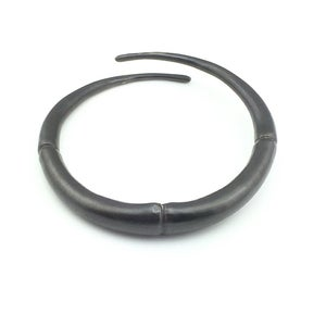 Image of Single Black Double Tapered Bangle Bracelet 01