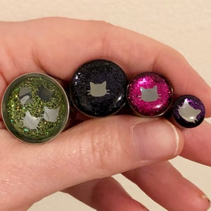 "Image of Kitty Glitter Plugs (sizes 0g-2"")"