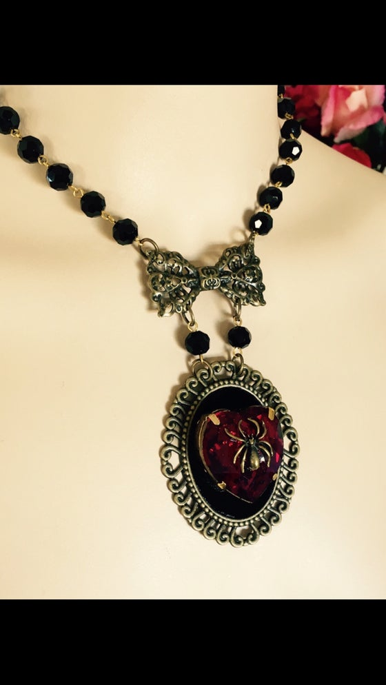 Image of Neo Victorian Spider Cameo, Featuring Red Rhinestone Heart