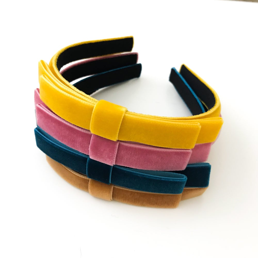 Image of SKINNY DOUBLE BOW HEADBAND (4 point colors)
