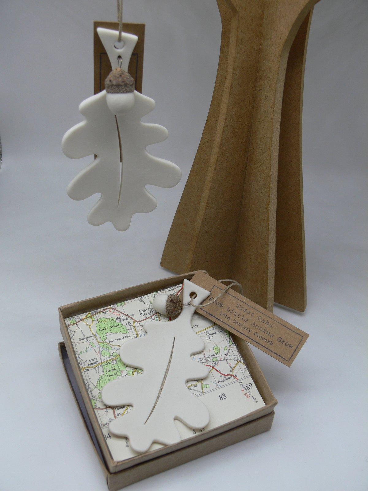 Image of Oak Leaf & Acorn