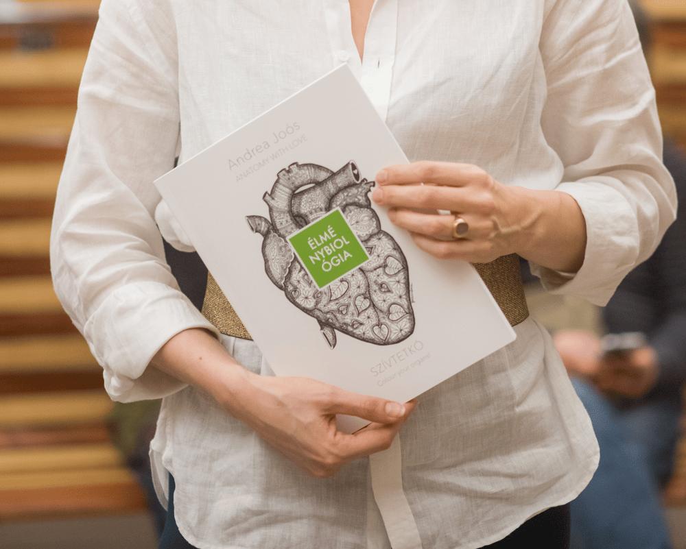 Image of Anatomy with Love Colouring Book - SZÍVTETKÓ Anatómiai Színezö