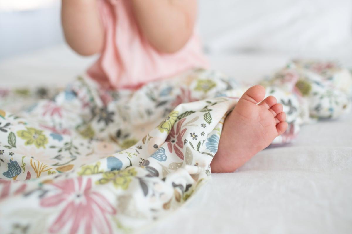 Image of Knit Waddle Blanket- Olive