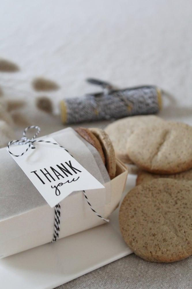 Image of Etiquette packaging (ETKTHKYOU)