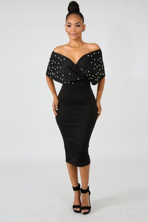 Image of Pearl Elegance Body-Con Dress-Curvy Collection