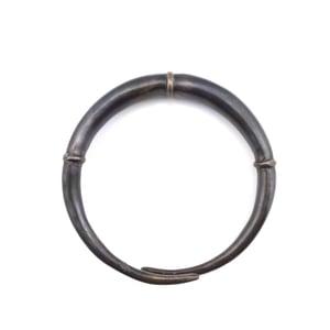 Image of Single Black Double Tapered Bangle Bracelet 02
