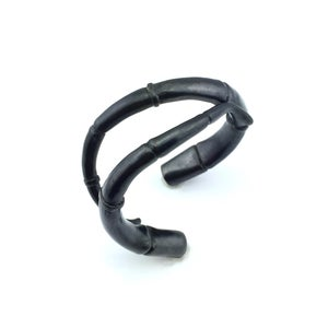 Image of Black Double Tendril Cuff Bracelet 01
