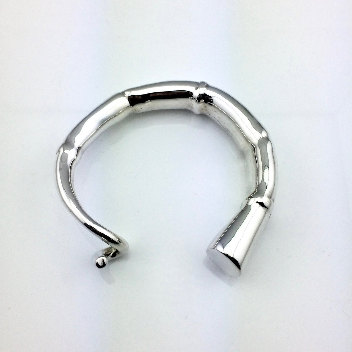 Image of SILVER TENDRIL CUFF BRACELET 01